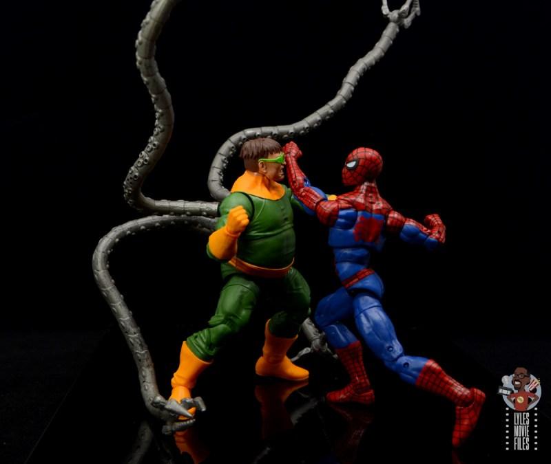 marvel legends retro spider-man figure review - vs doctor octopus