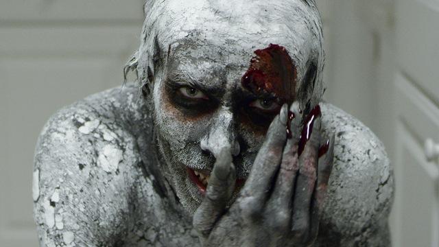 night of horror - smiling man