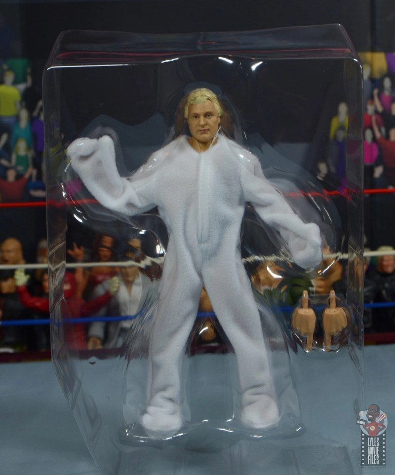 wwe legends 7 bobby the brain heenan figure review - accessories in tray