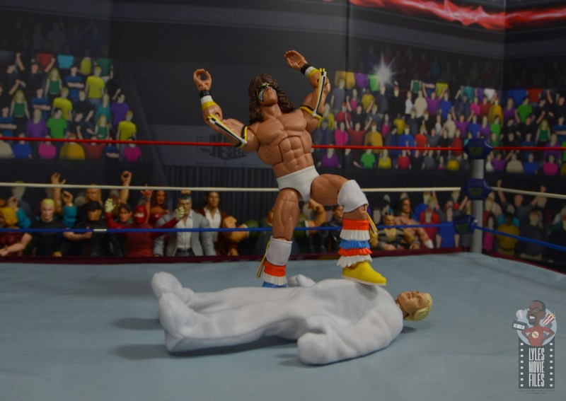 wwe legends 7 bobby the brain heenan figure review -ultimate warrior stands over weasel