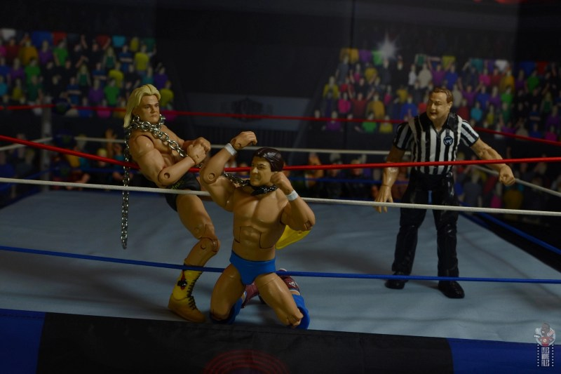 wwe legends 7 greg the hammer valentine figure review - choking roddy piper with the chain