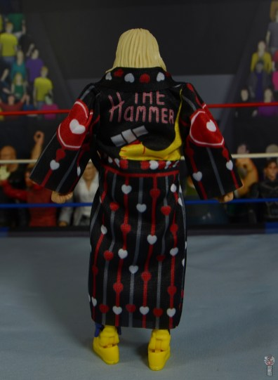 wwe legends 7 greg the hammer valentine figure review - ring robe rear