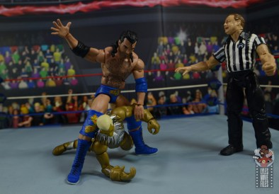 wwe legends 7 razor ramon figure review - slapping goldust