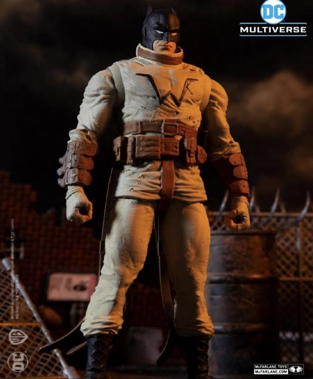 McFarlane Toys Batman last knight on Earth Batman figure