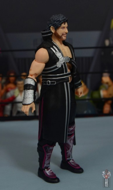 aew unrivaled kenny omega figure review - entrance robe right side