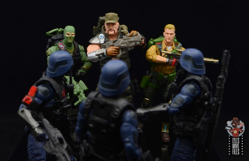 g.i. joe classified series gung-ho figure review - facing cobras with beach head and duke