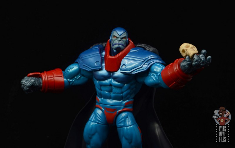 marvel legends apocaylpse - apocalypse figure review - holding skull