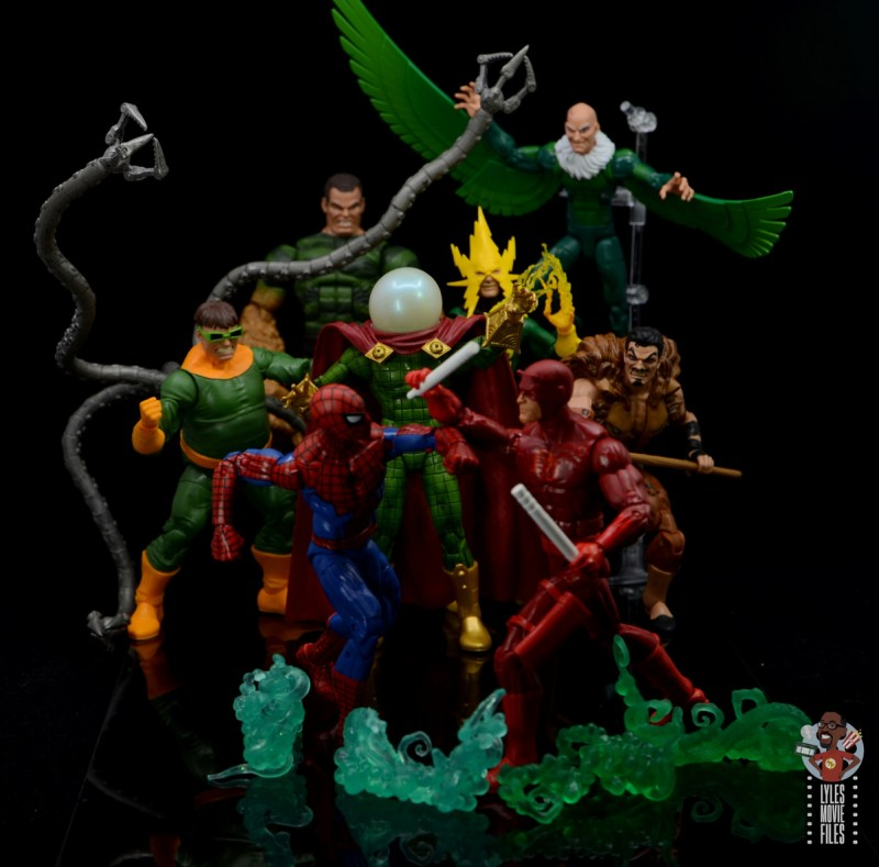 marvel legends retro mysterio figure review - sinister six watching spider-man vs. daredevil