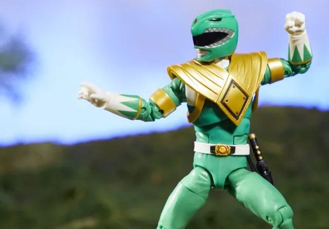 mighty morphin power rangers green ranger figure - battle stance