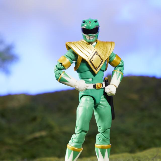 mighty morphin power rangers green ranger figure -hands on hip
