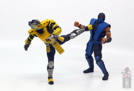 storm collectibles mortal kombat cyrax figure review - kicking sub-zero