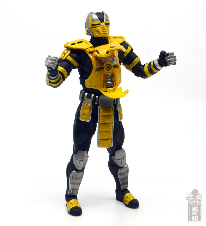 storm collectibles mortal kombat cyrax figure review - open chest cavity