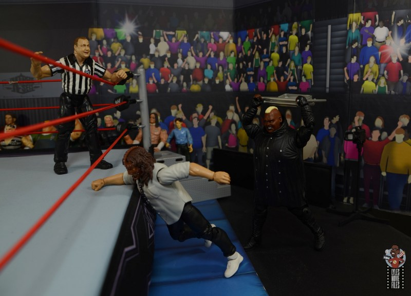wwe elite series 77 viscera figure review - steel chair attack to mankind