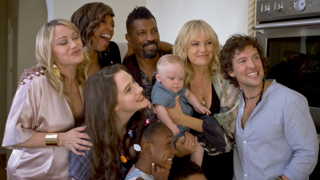 friendsgiving review -christine taylor, aisha tyler, kat dennings, deon cole, malin akerman and jack donnelly