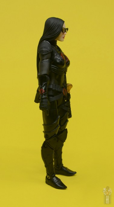 g.i. joe classified series baroness and cobra coil figure review - baroness right side