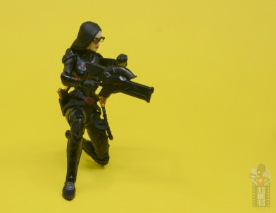 g.i. joe classified series baroness and cobra coil figure review - kneeling and taking aim
