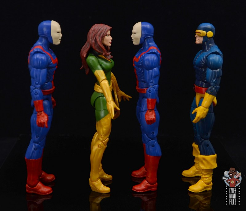 marvel legends hellfire club guard figure review - facing phoenix and cyclops