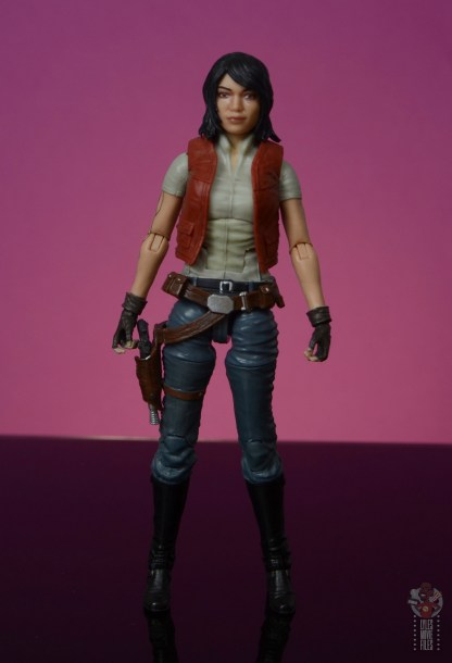 star wars the black series doctor aphra figure review - front
