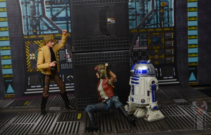 star wars the black series doctor aphra figure review - getting caught by luke skywalker and r2-d2