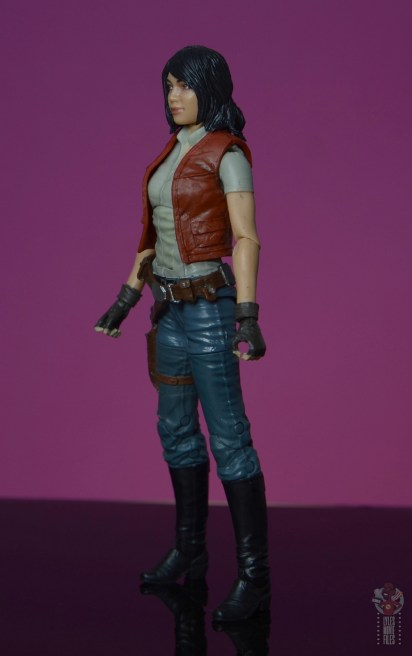 star wars the black series doctor aphra figure review - left side