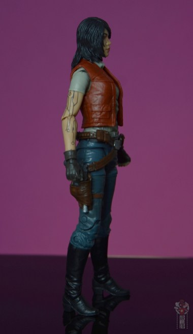 star wars the black series doctor aphra figure review - right side