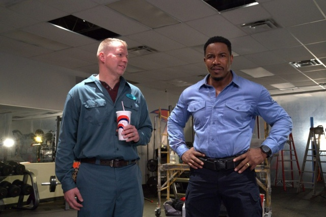 welcome to sudden death review - gary cole and michael jai white