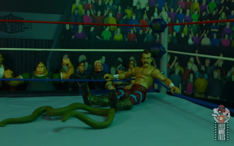 wwe legends 8 jake the snake roberts figure review - in the corner