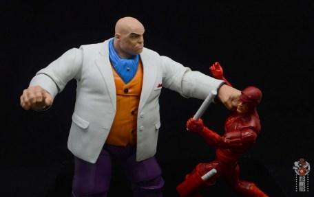 marvel legends retro kingpin figure review -punching daredevil