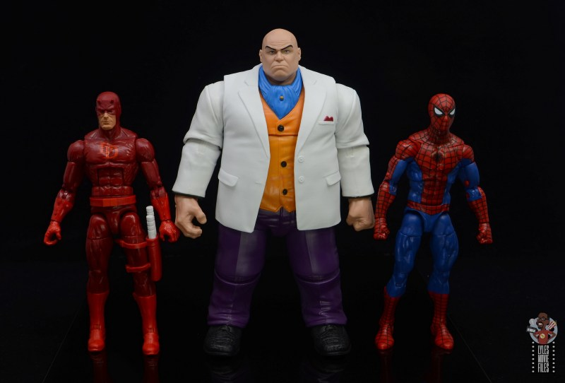 marvel legends retro kingpin figure review - scale with daredevil and spider-man