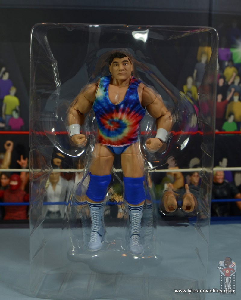 wwe elite don muraco figure review -accessories in tray