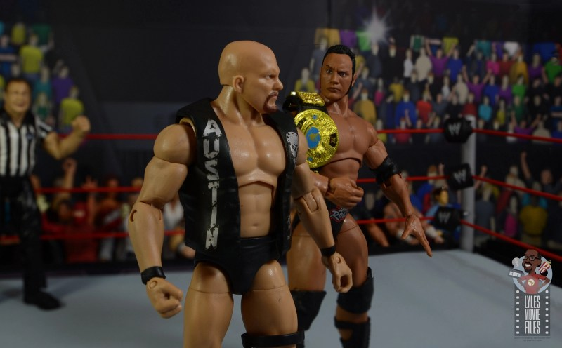 wwe ultimate edition the rock figure review - face off with stone cold steve austin