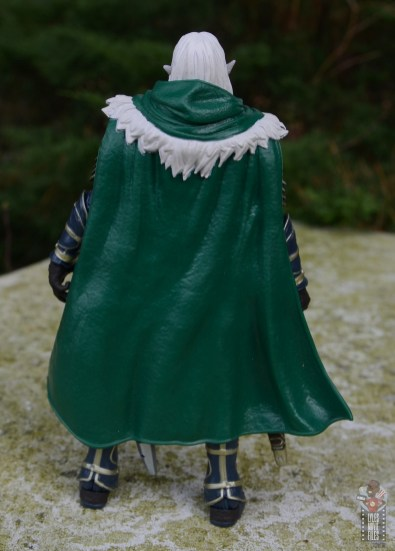 dungeons and dragons drizzt and guenhwyvar figure review - drizzt rear