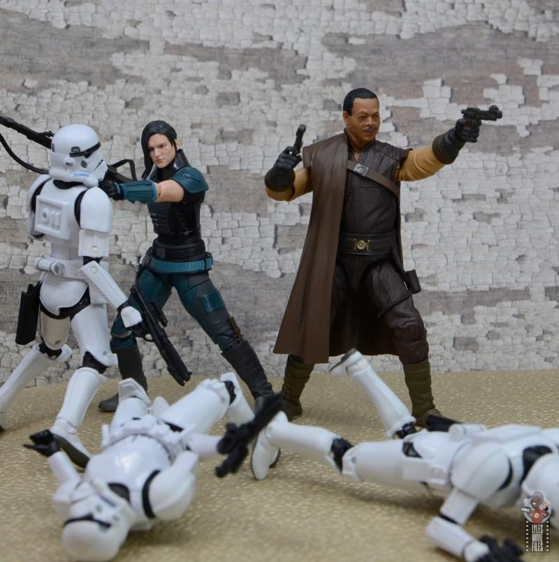star wars the black series greef karga figure review -fighting off stormtroopers with cara dune