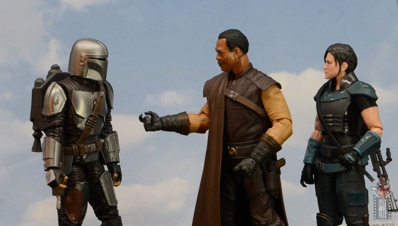 star wars the black series greef karga figure review -offering a hand to mando