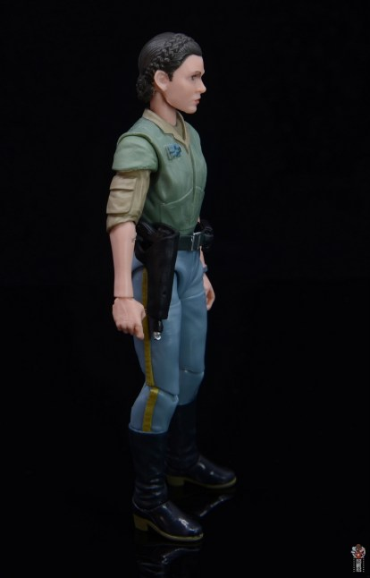 star wars the black series princess leia endor figure review - right side