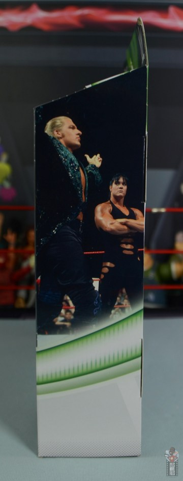 wwe triple h and chyna figure set review - package left side