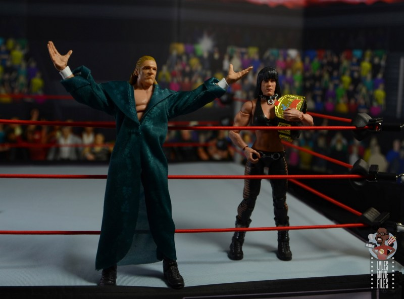 wwe triple h and chyna figure set review - ring entrance