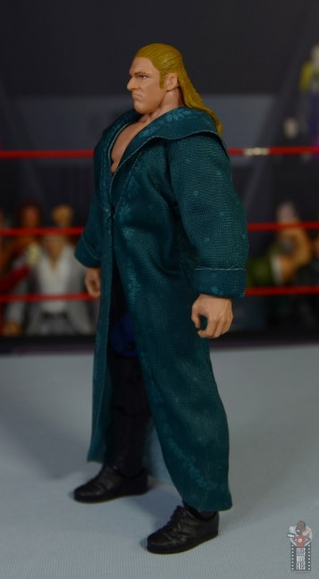 wwe triple h and chyna figure set review - triple h robe left side