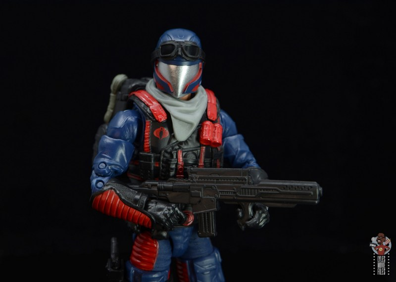 gi joe classified series cobra viper figure review - detail shot of run