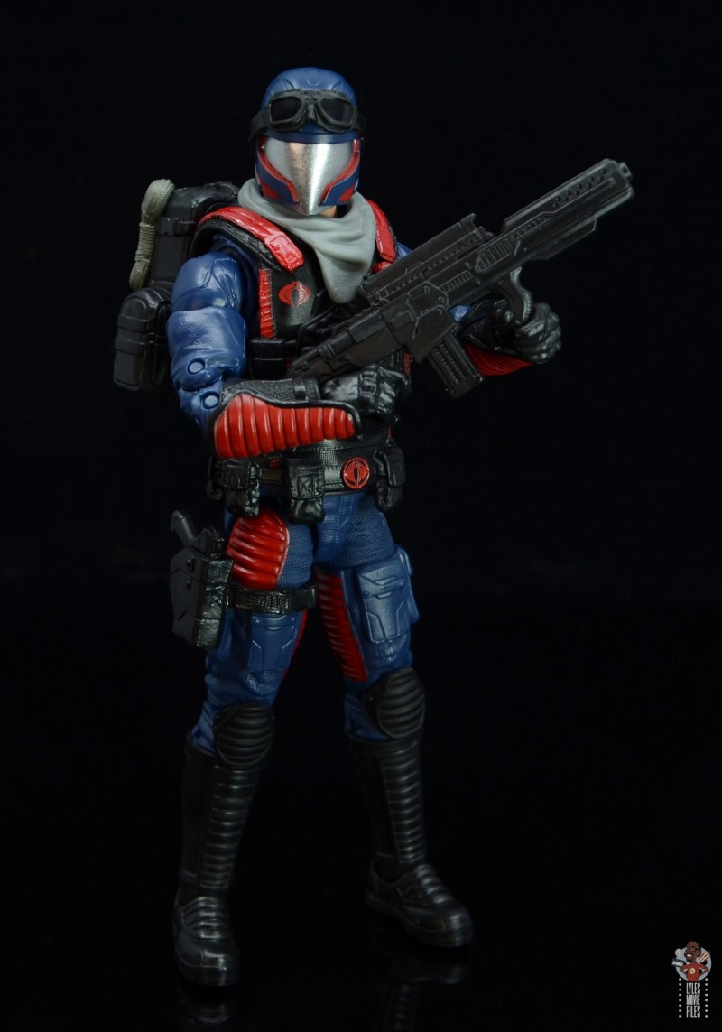 gi joe classified series cobra viper figure review -holding blaster