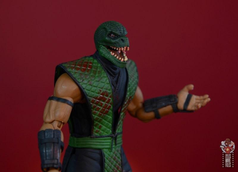storm collectibles mortal kombat reptile figure review - open reptilian head