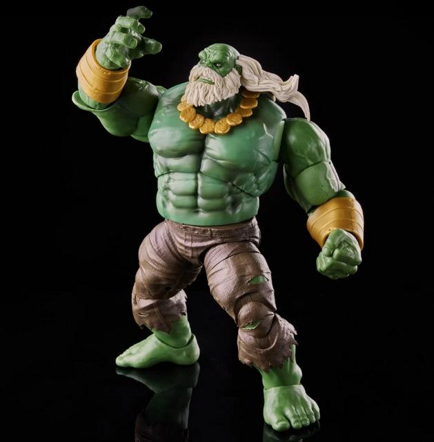 Marvel Legends Maestro Hulk -action pose