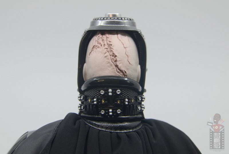 hot toys empire strikes back darth vader figure review - back of head