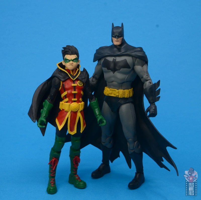 mcfarlane-toys-robin-figure-review-scale-with-batman