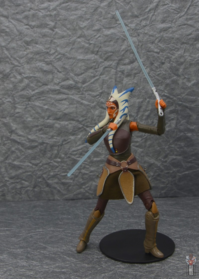 star wars the black series ahsoka tano figure review -pivoting with lightsabers