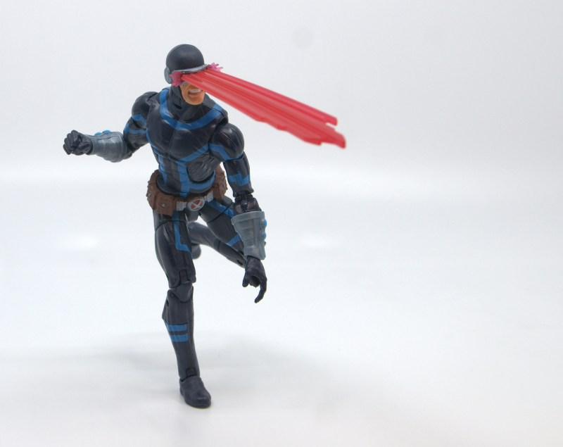 marvel legends house of x cyclops figure review - blasting while on the run
