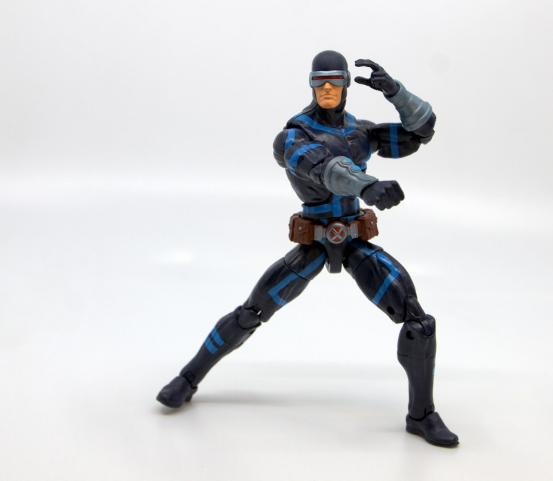 marvel legends house of x cyclops figure review - pivoting