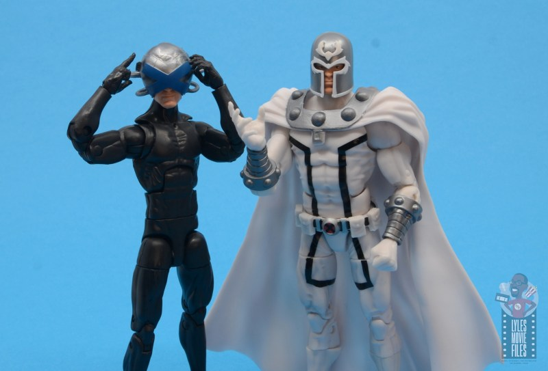 marvel legends house of x magneto figure review - side by side with charles xavier