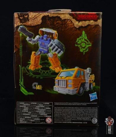 transformers kingdom war for cybertron huffer figure review - package rear
