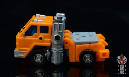 transformers kingdom war for cybertron huffer figure review - stripped down truck left side